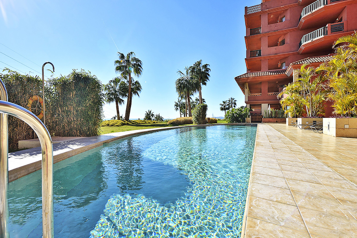 Nice 2 beds apartment with the best location, near to amenities, Carrefour, access to the motorway, ,Spain