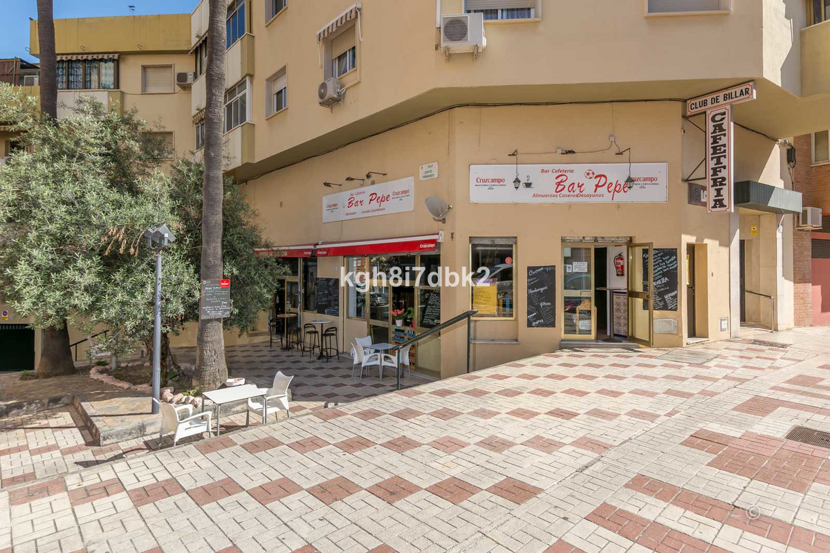 Great business opportunity en the centre of Malaga. Presently operating as bar / restaurant but coul,Spain