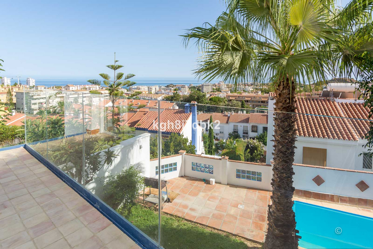 Arroyo de la Miel - Townhouse with private garden and pool. SSW-facing with sea and panoramic views.,Spain