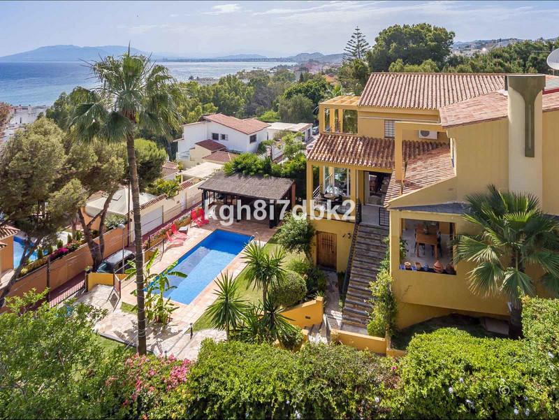 Villa – Chalet en venta en Málaga Este – R3444241