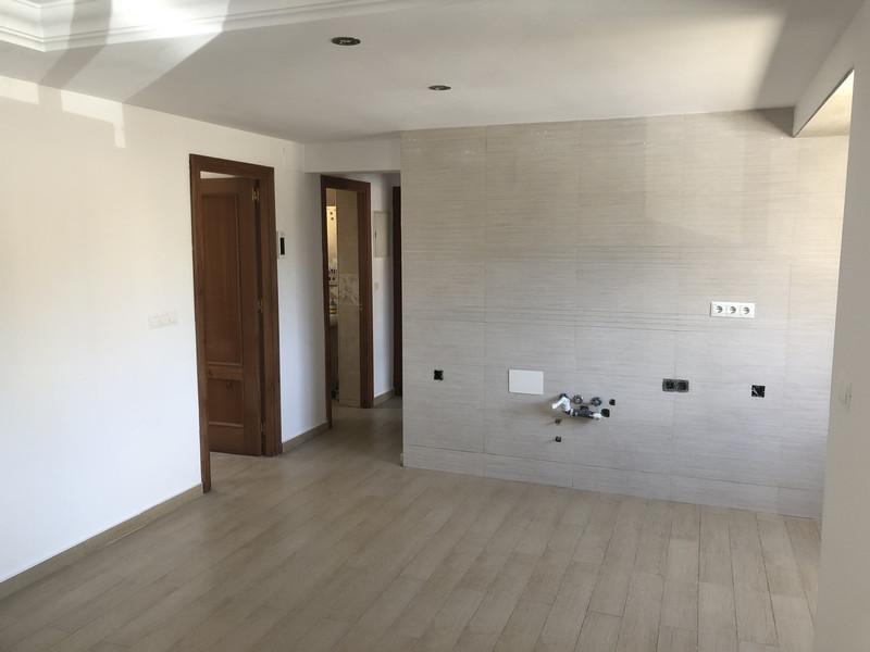 Middle Floor Apartment in Málaga for sale