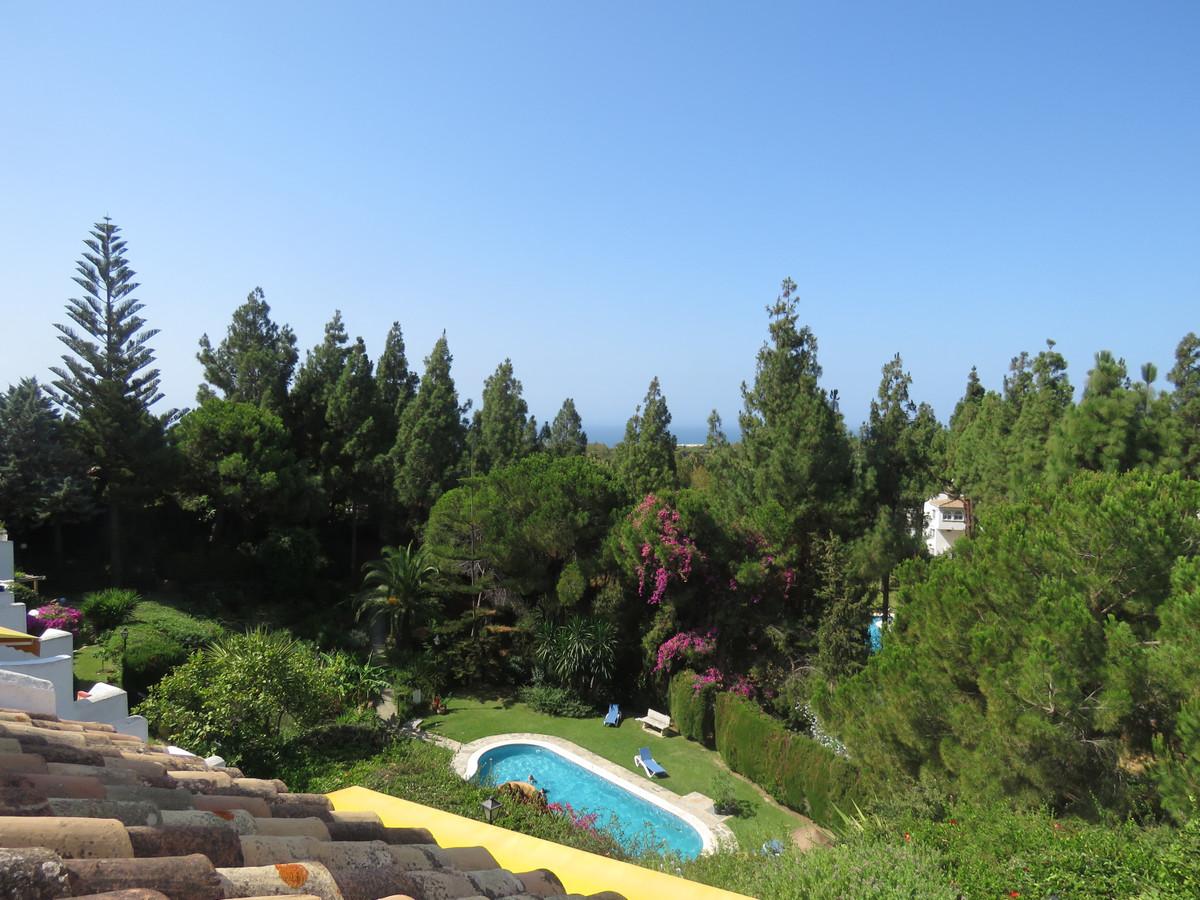 Adosada en Venta en Calahonda – R3484495