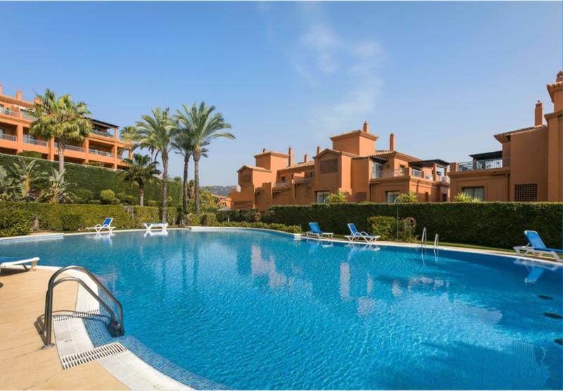 Apartamento Planta Baja en venta, Estepona – R3522271