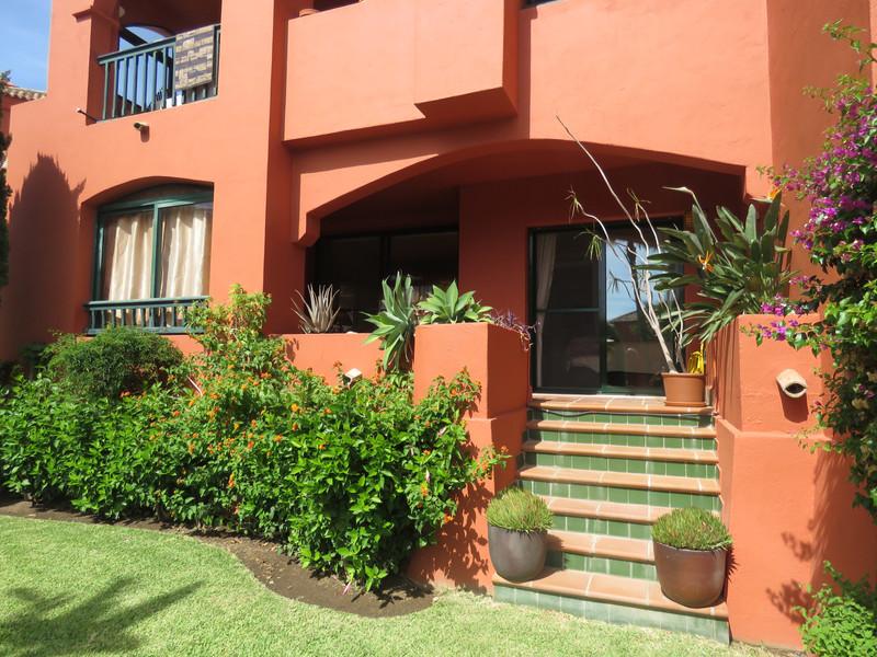 Marbella Banus Apartamento Planta Baja en venta, Calahonda – R3520222