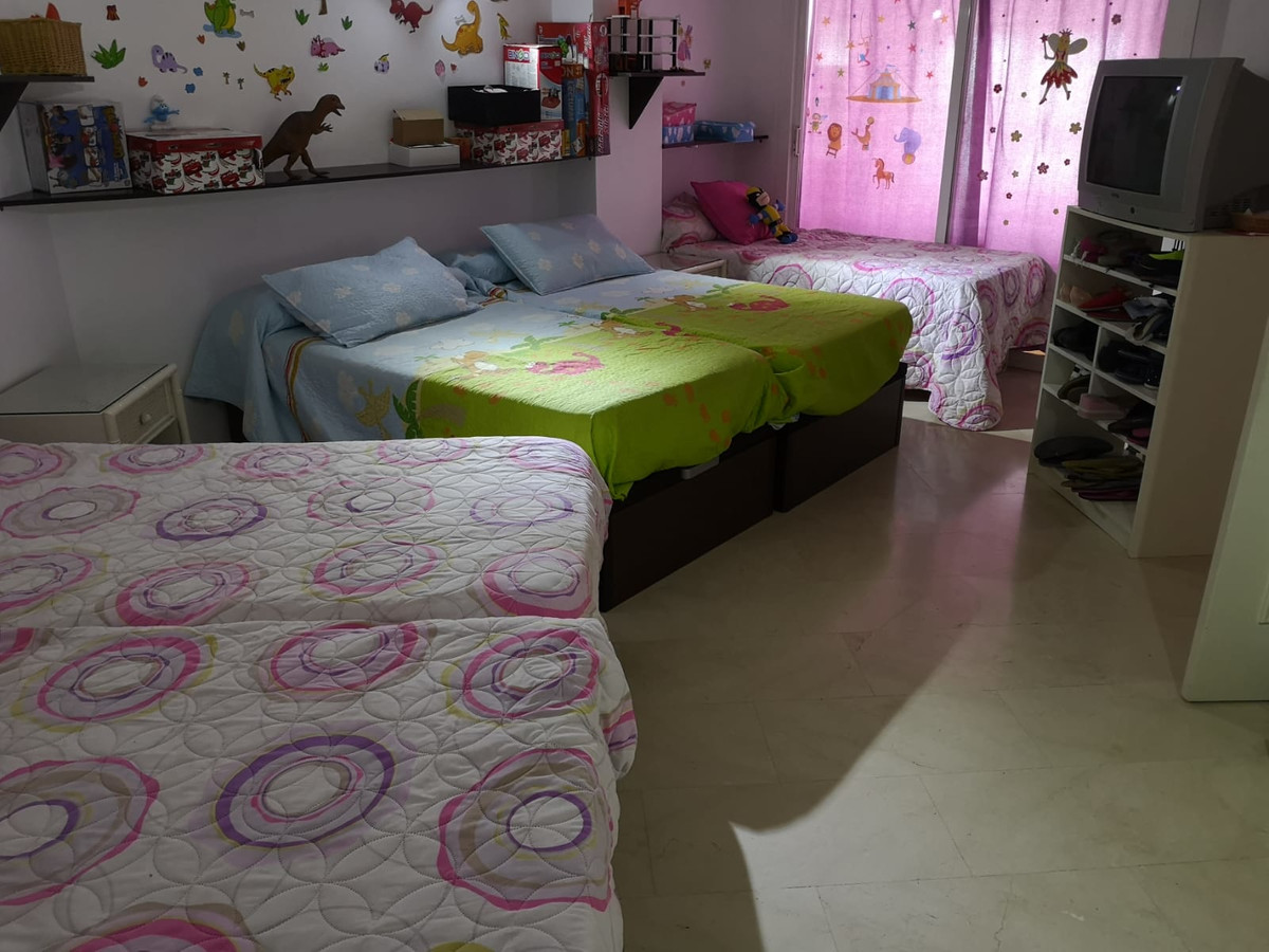 Middle Floor Apartment in El Padron