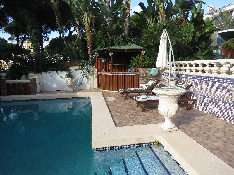 Villa – Chalet en Venta en Cabopino – R706006
