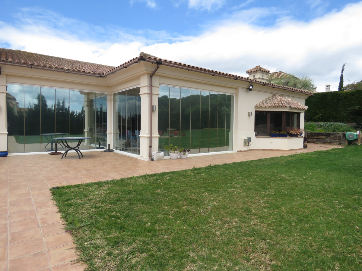 Detached Villa for sale in Carretera de Cadiz