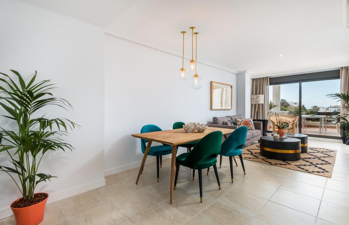 Apartment in Estepona R3304864 13