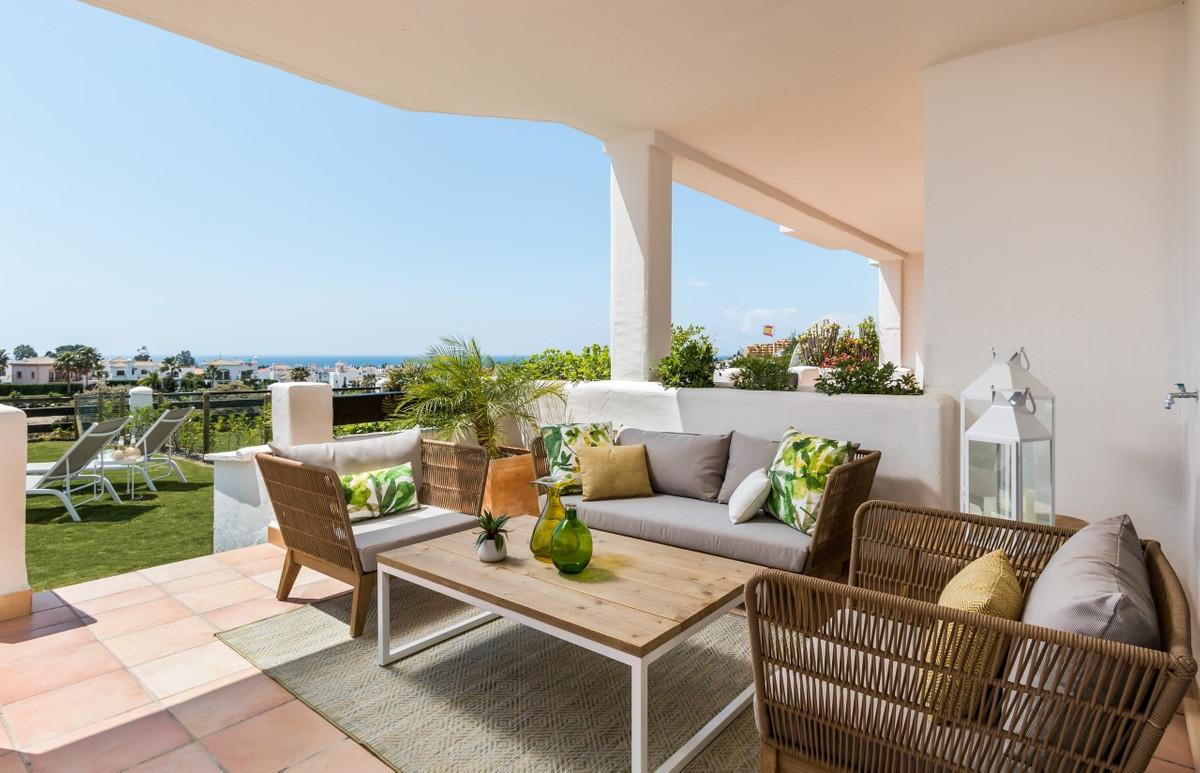 Apartment in Estepona R3304864 14