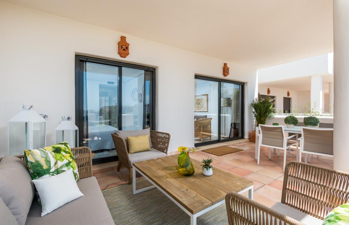 Apartment in Estepona R3304864 15