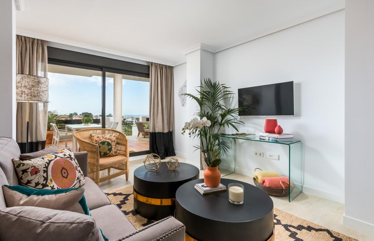 Apartment in Estepona R3304864 16