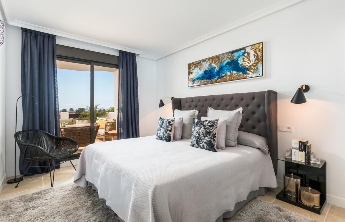 Apartment in Estepona R3304864 19