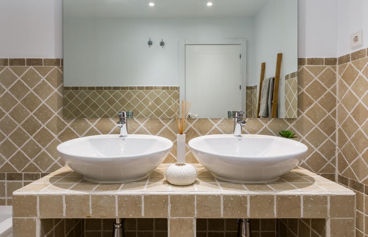 Apartment in Estepona R3304864 24