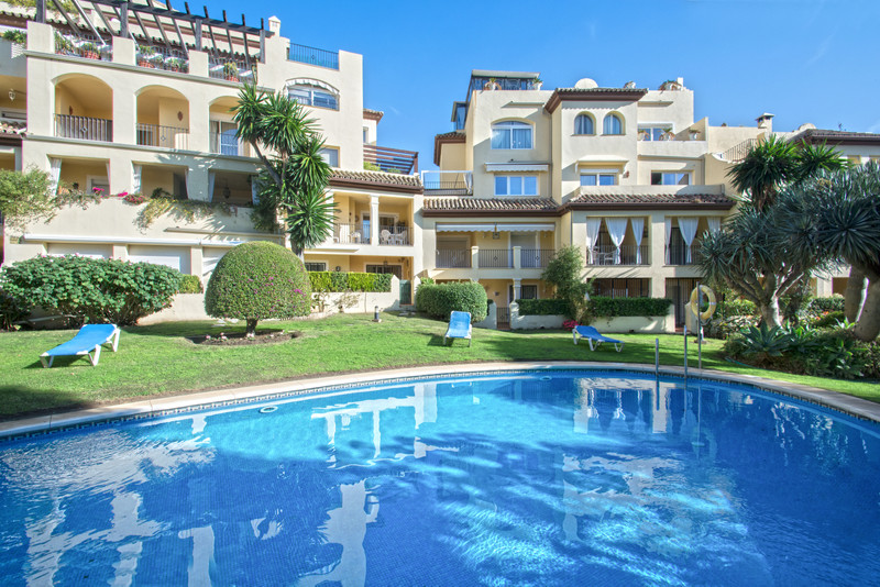 Apartments for sale in Guadalmina 5