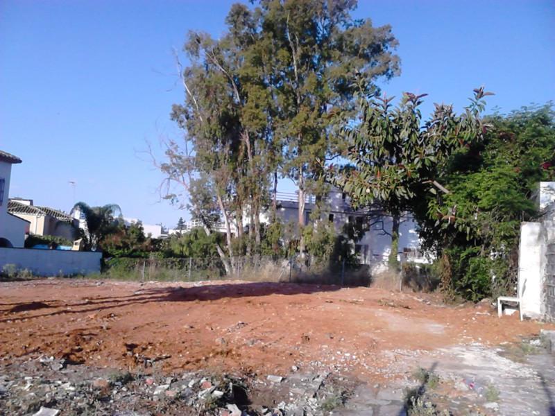 Marbella Banus Terreno Urbano en venta en Marbella – R2491019