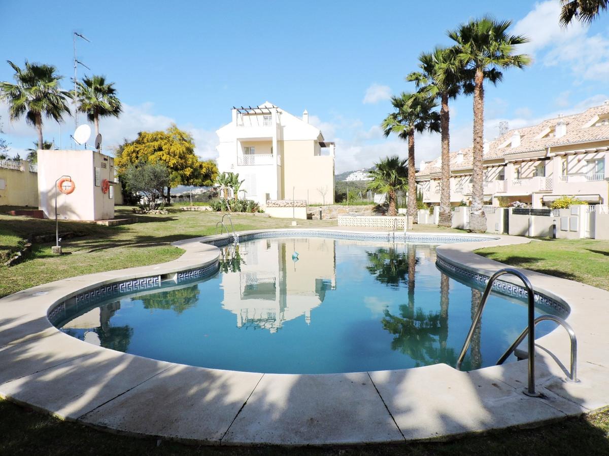 House - Marbella - R2601923 - mibgroup.es
