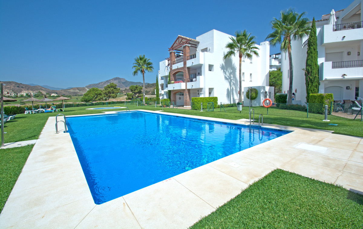 3 bedroom apartment for sale los arqueros
