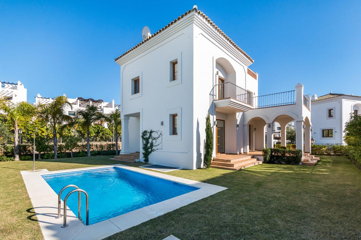 Villa in Estepona