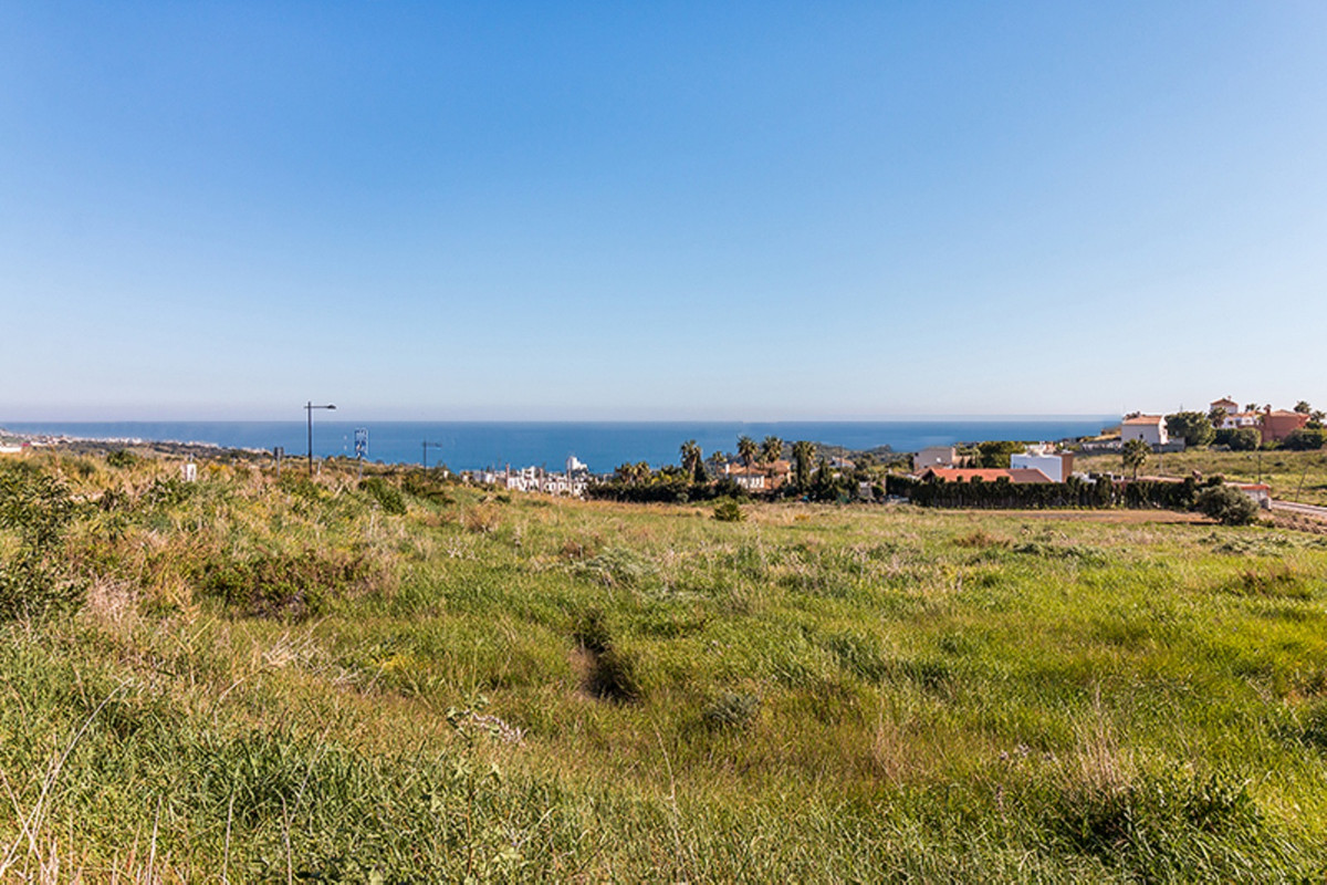 Residential Plot in Estepona