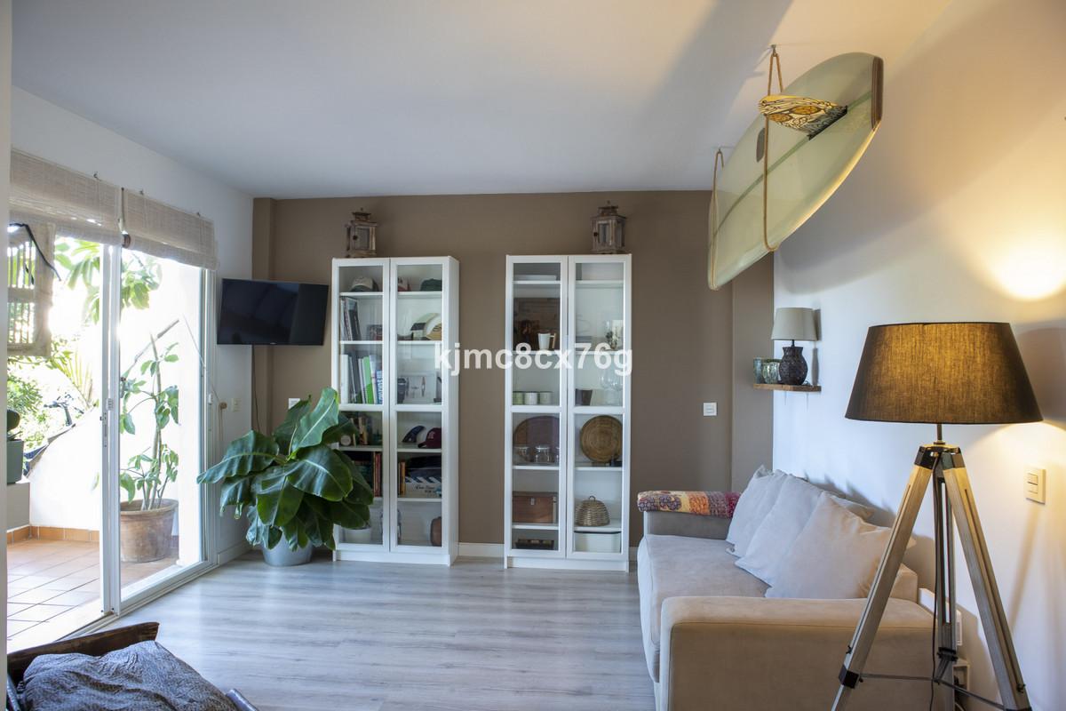 Apartamento en Venta en Calahonda – R3733921