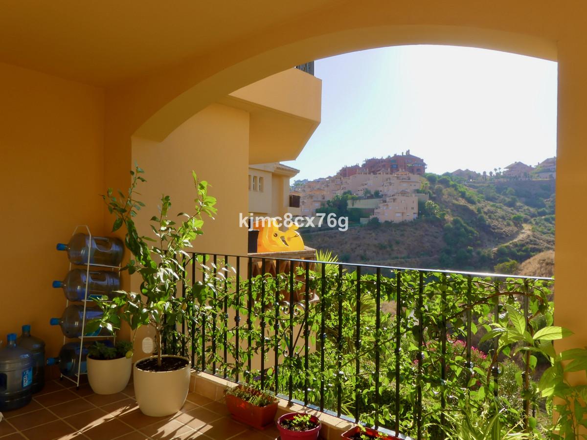 Apartment  Ground Floor for sale   in Calahonda
