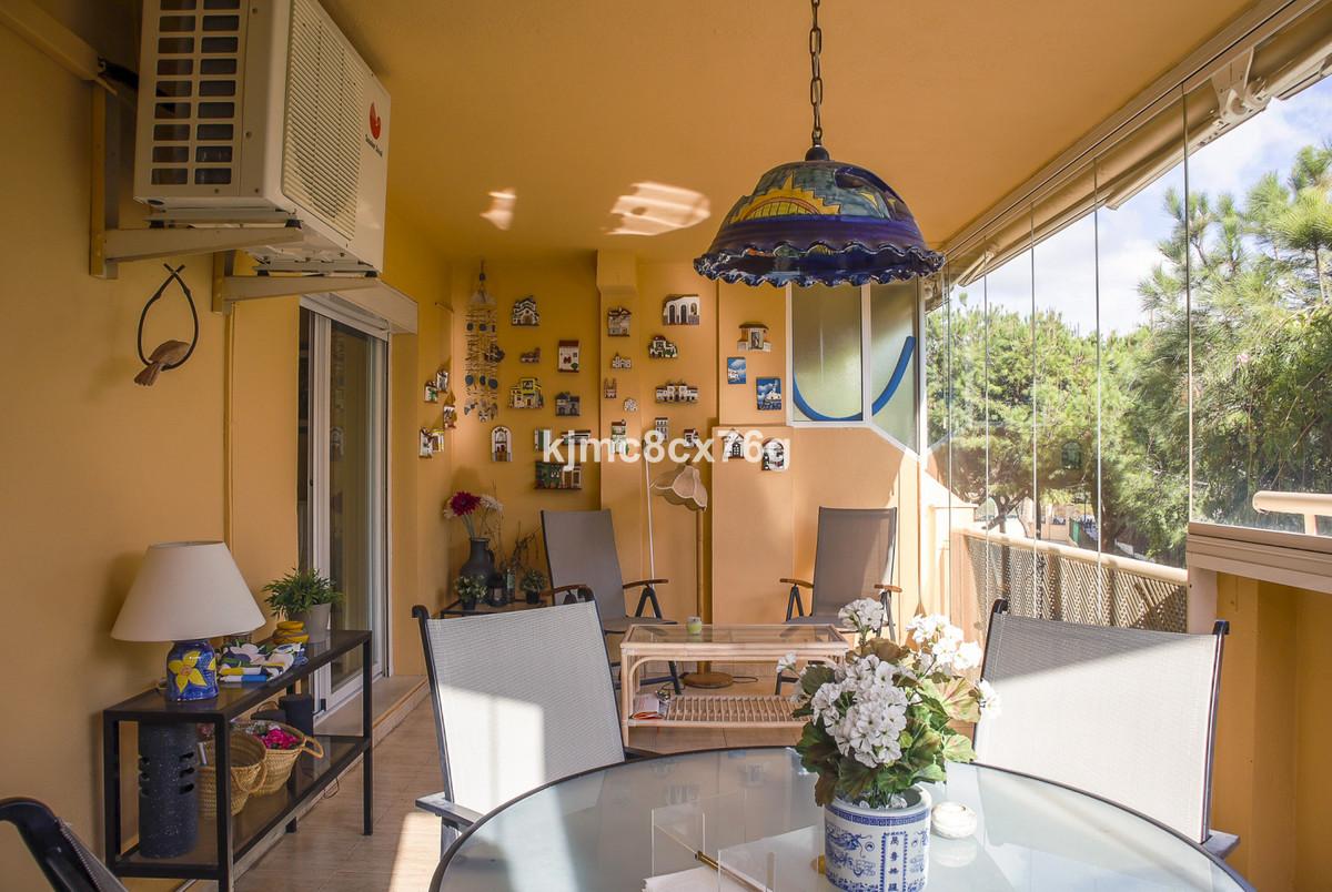 Apartamento en Venta en Calahonda – R3759271