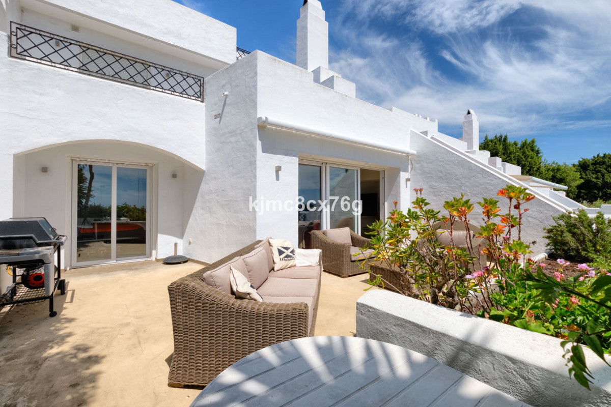 Wonderful duplex completely renovated with exquisite taste in El Paraiso Golf Club, Estepona.  The a,Spain
