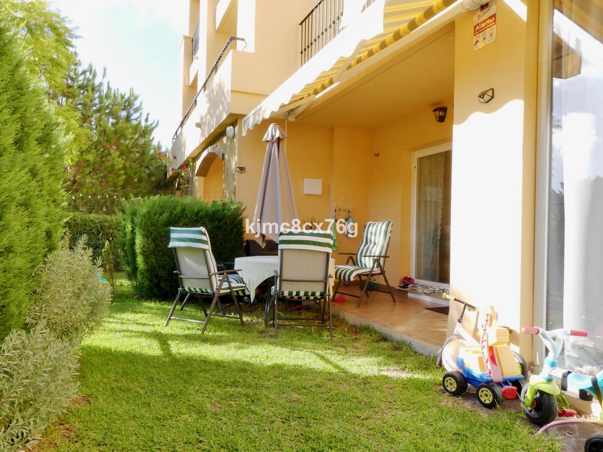 Marbella Banus Apartamento en Venta en Calahonda – R3703592