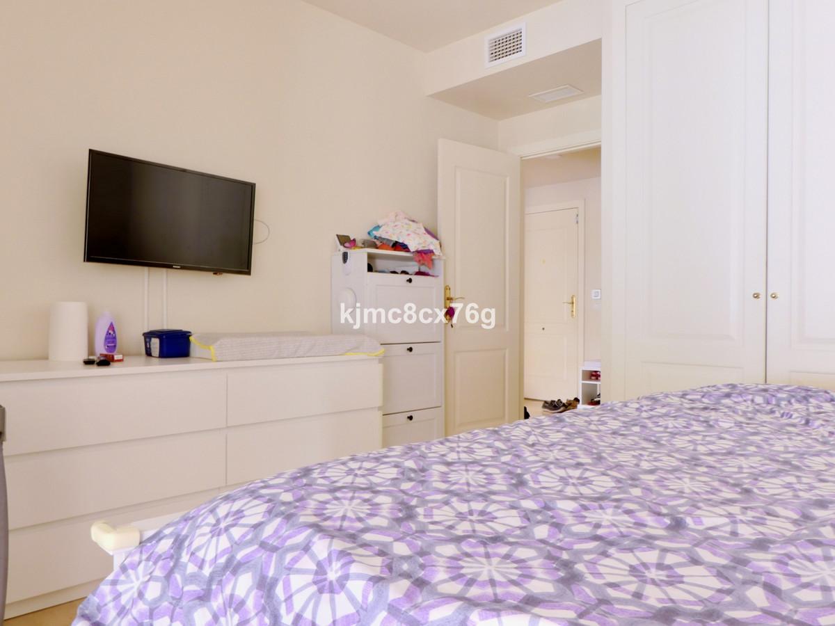 Apartamento en Venta en Calahonda – R3703592