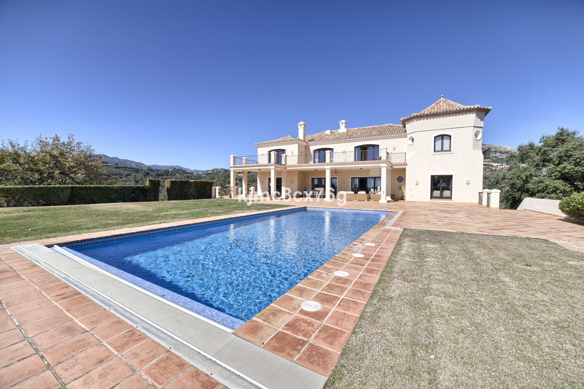 Villa Detached in Benahavís, Costa del Sol