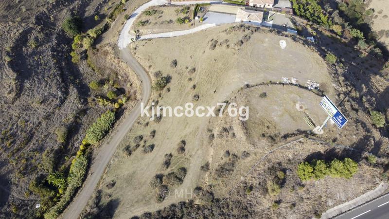 R3743170 - Cerros del Aguila