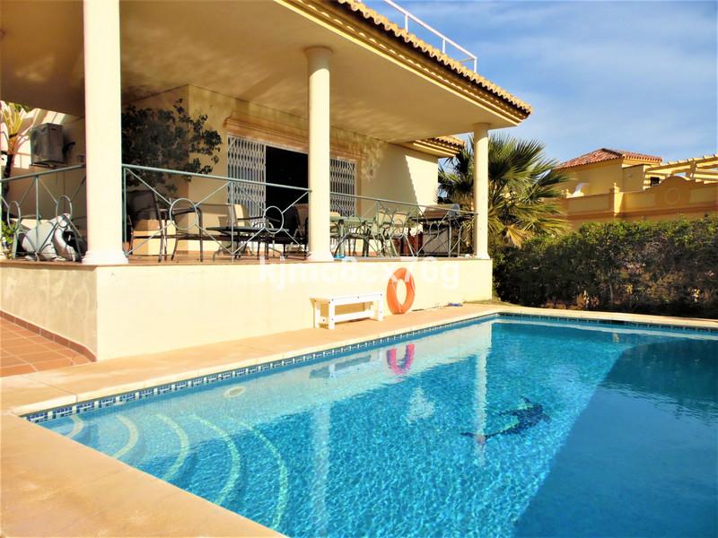 Marbella Banus Villa – Chalet a la venta en Riviera del Sol – R3583327