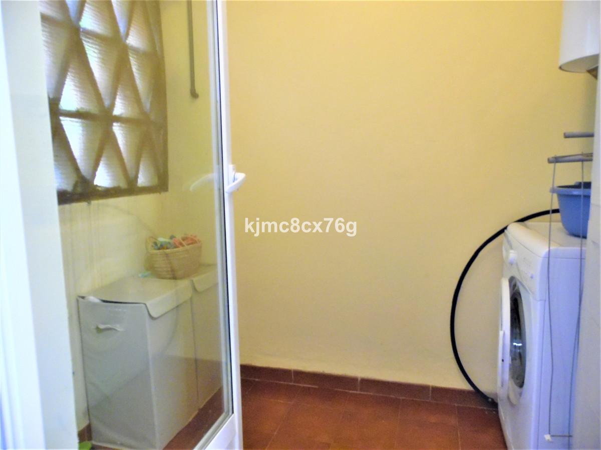 Apartamento en Venta en Calahonda – R3605792