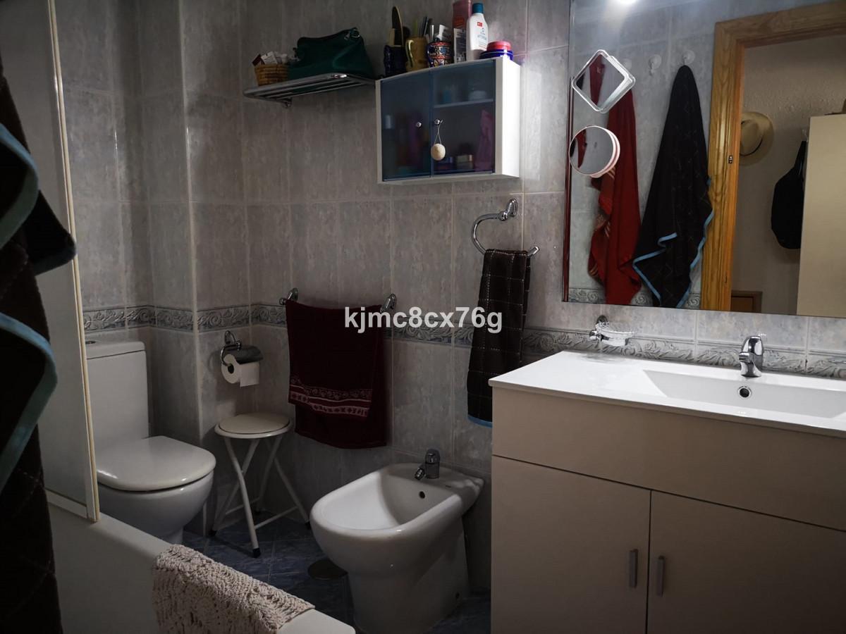 Apartamento en Venta en Calahonda – R3702437