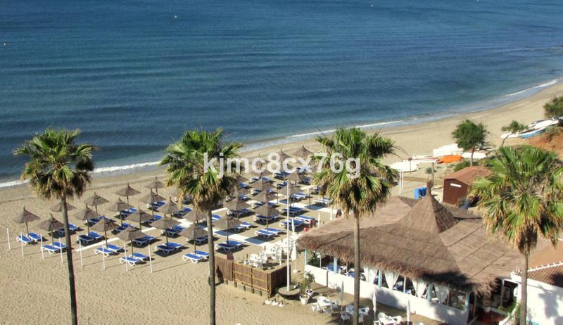 Marbella Banus Apartamento Planta Media en venta, Calahonda – R3646703