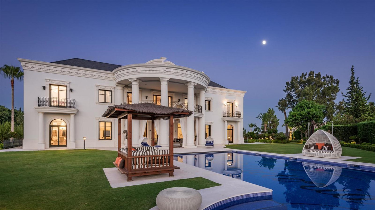 Fantastic villa for sale in Las Chapas.. This is something really special, only for high end clients,Spain