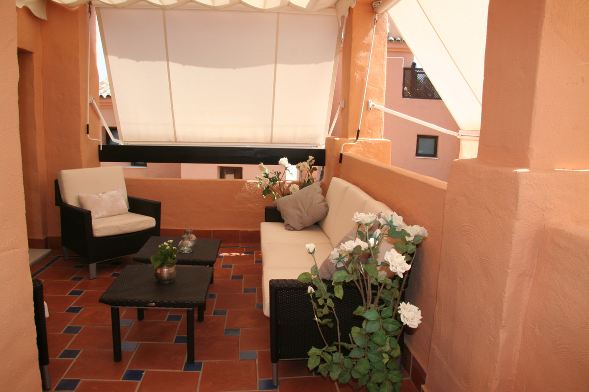 Beautiful and stunning Penthouse located in Hacienda del Sol (Phase I), which is a very nice and cal,Spain