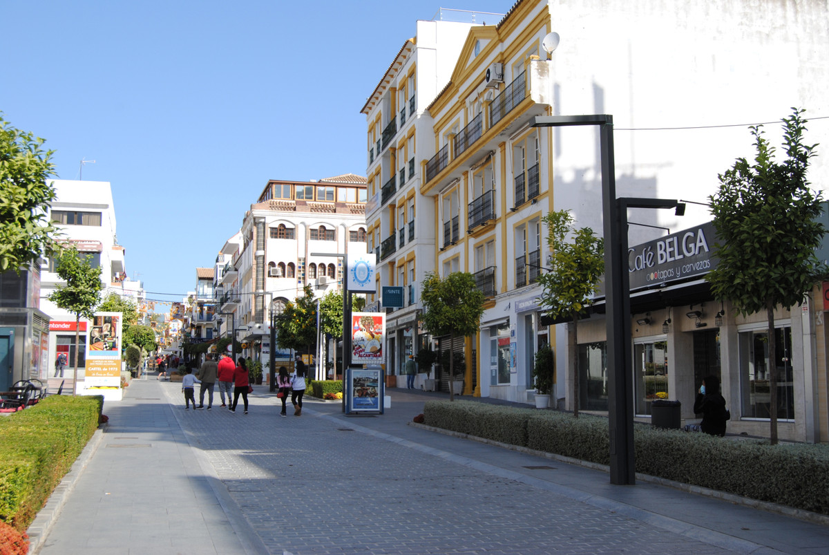 Beautiful office in the center of San Pedro Alcantara. Recently refurbished and ready to move in. Th, Spain