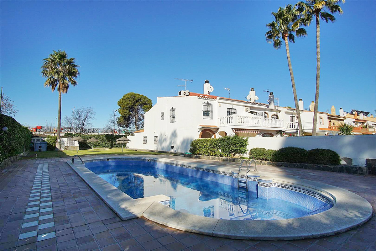 Spacious townhouse in the 'Elite' urbanization in Guadalmar.   The house is located 700 me,Spain