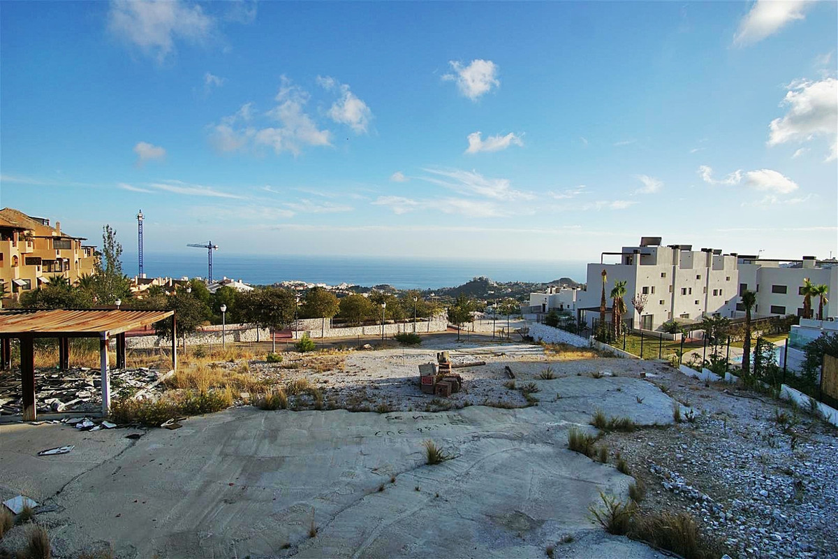 Urban plot located on the top of Benalmedena very close to the AP-7 offering very good road access, ,Spain