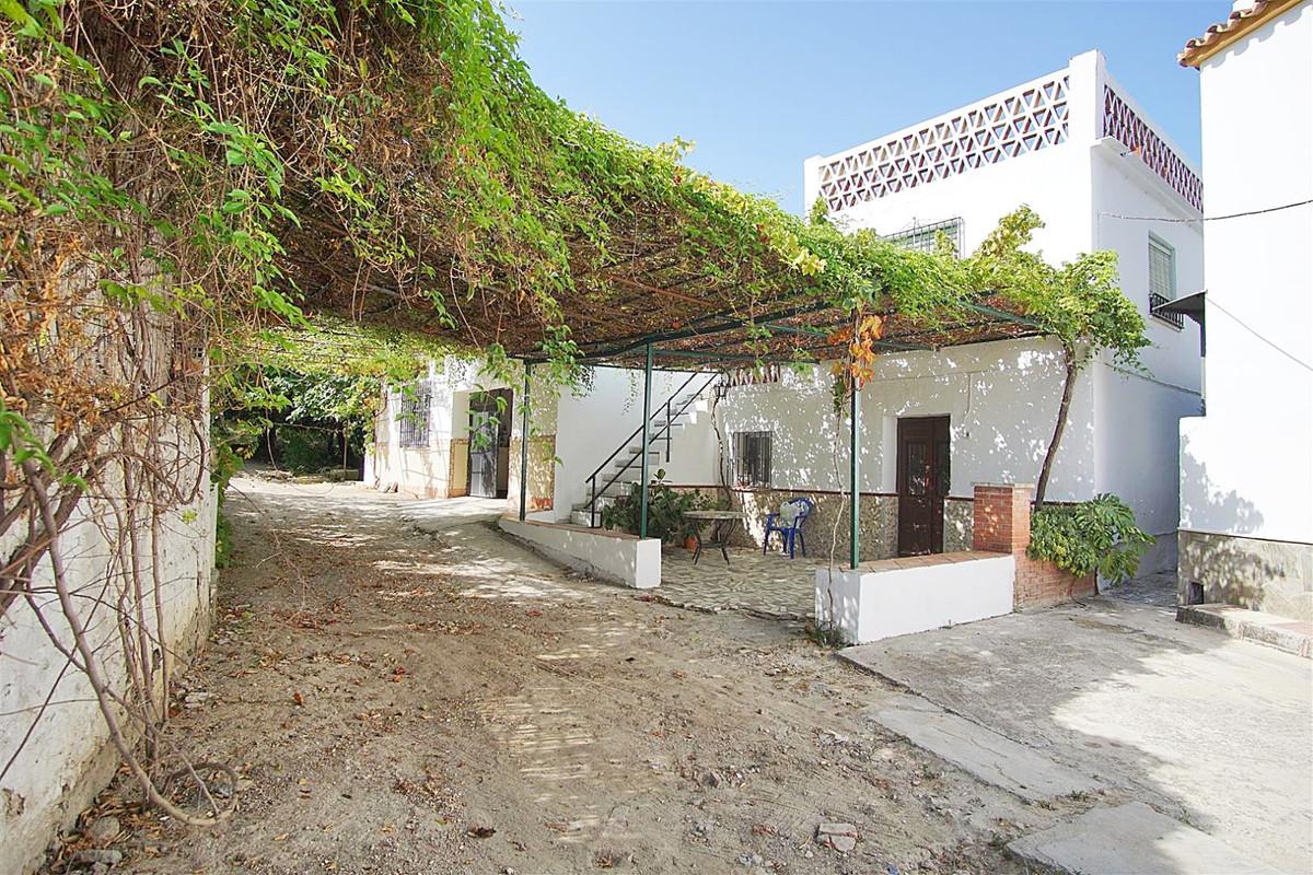 Terreno  Residencial en venta   en Coín