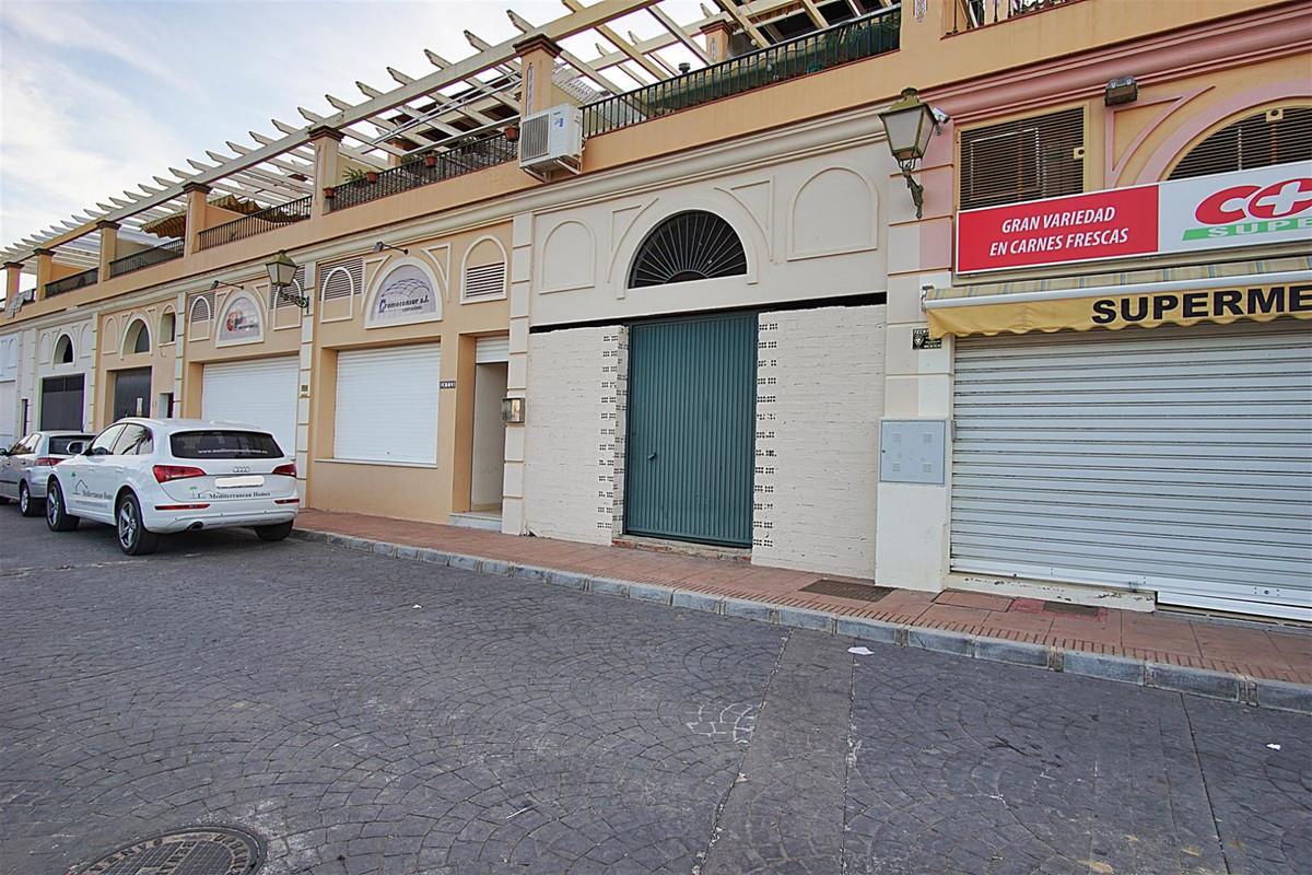 Commercial Premises for sale in Coín R3512188