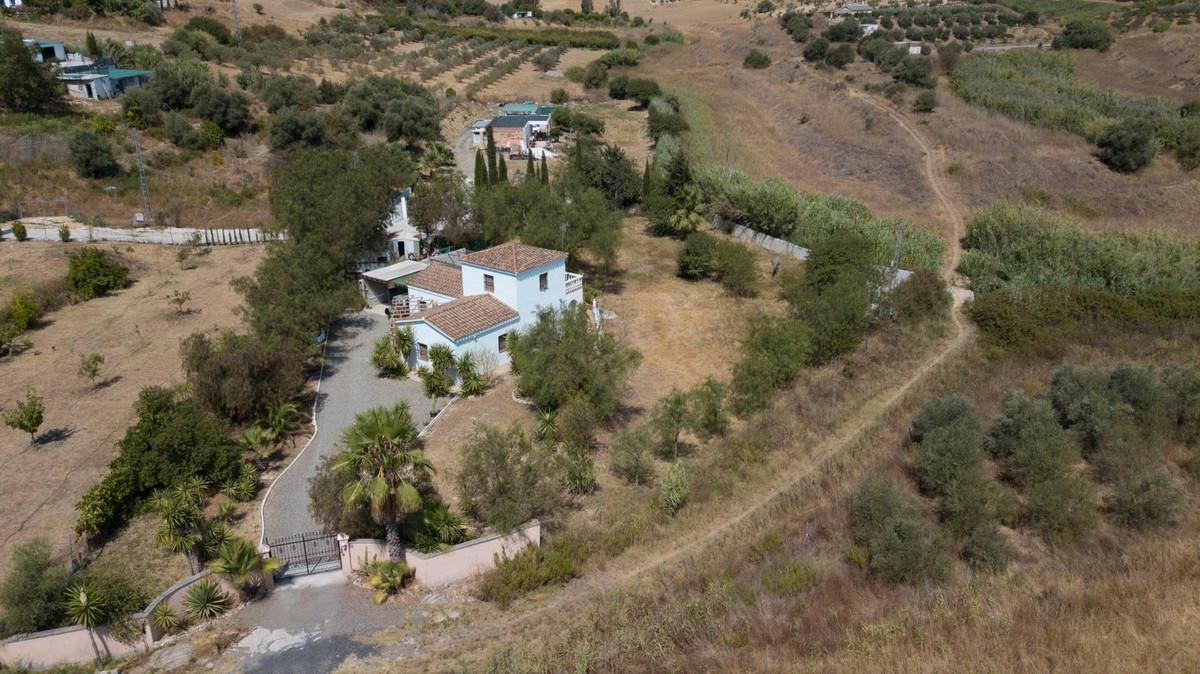 3 bedroom finca north of Alhaurin el Grande.  Located on the north side of Alhaurin el Grande, betwe,Spain