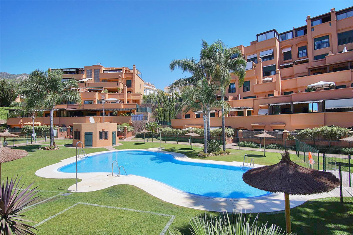 2 bedroom, 2 bathroom middle floor apartment within a gated community with a large private west faci,Spain