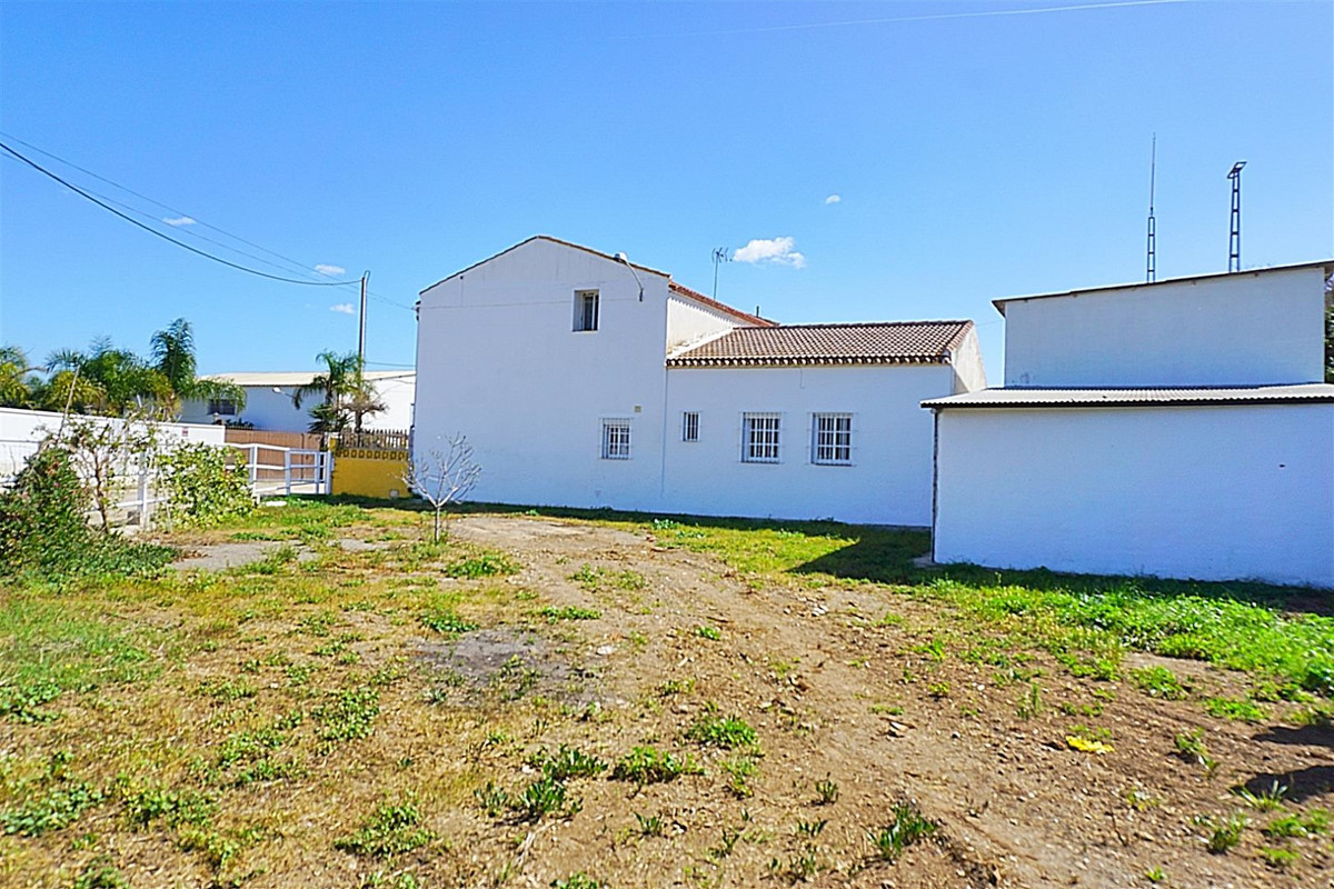 Property located just off the A-7052 (between Cartama and Churriana).  This property has recently be, Spain
