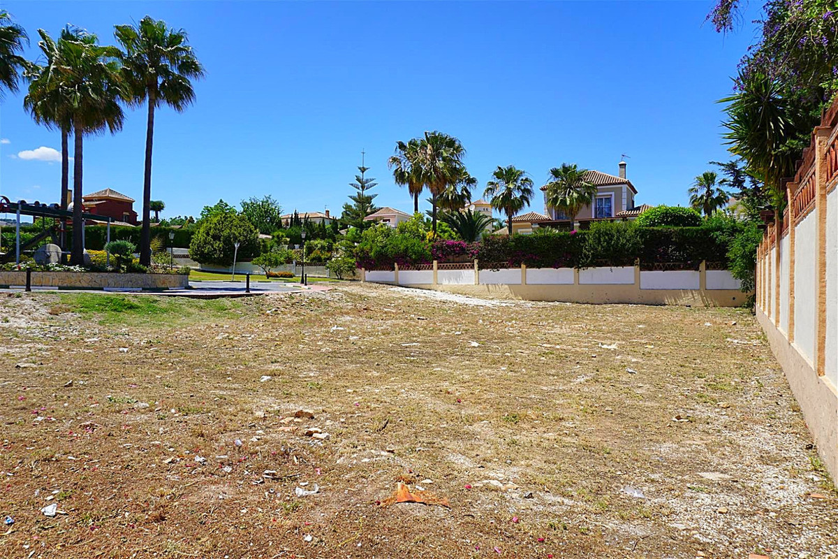 Plot Residential in Coín, Costa del Sol