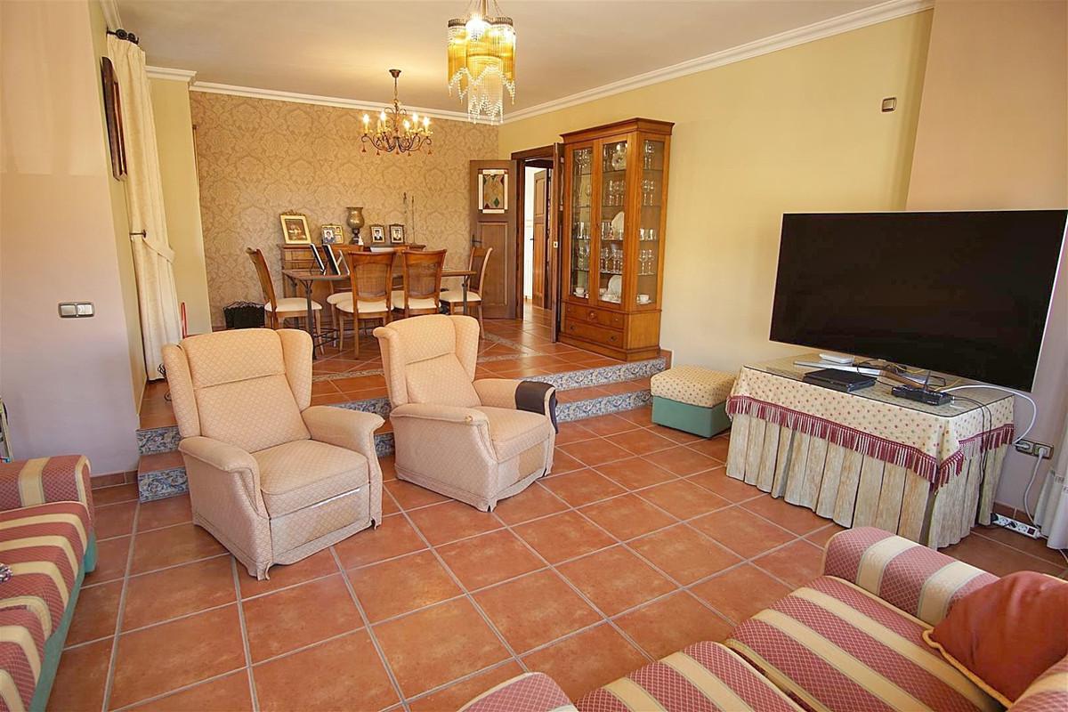 House in Alhaurín de la Torre R3523450 10