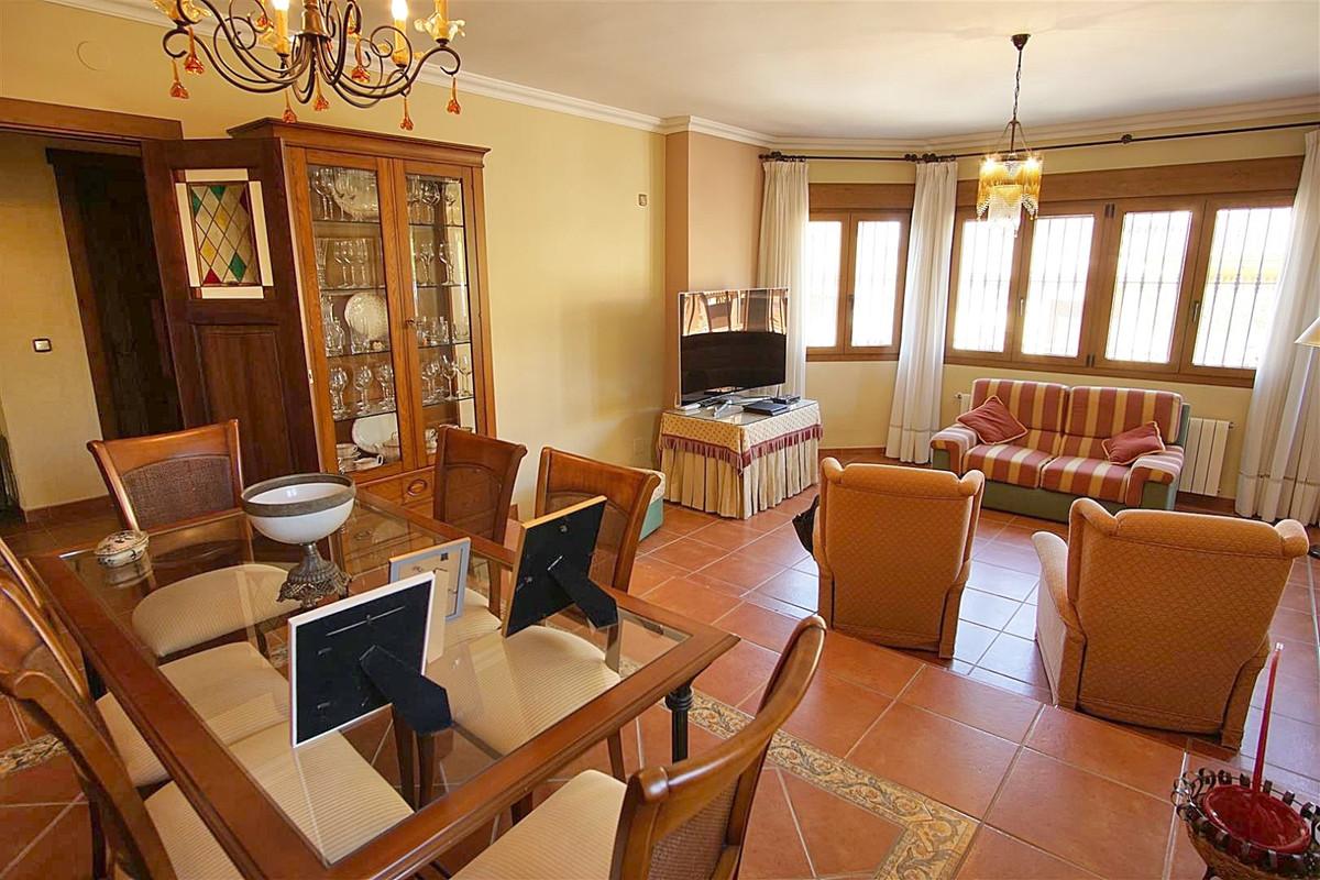 House in Alhaurín de la Torre R3523450 12