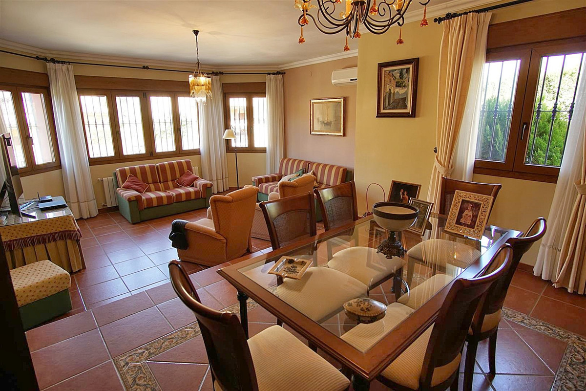 House in Alhaurín de la Torre R3523450 13