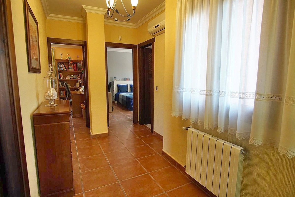 House in Alhaurín de la Torre R3523450 18